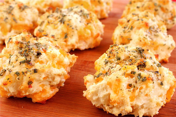"""<strong>Try the <a href=""""http://www.gimmesomeoven.com/garlic-cheddar-biscuits-a-la-red-lobster/"""" target=""""_blank"""">Garlic Chedd"""