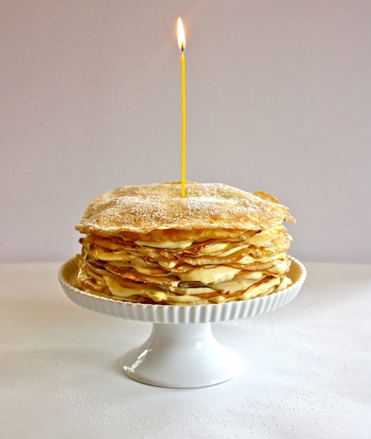 "<strong>Get the <a href=""http://www.eatboutique.com/2011/06/12/lemon-curd-crepe-cake/#.URz2RVrwLfl"">Lemon Curd Crepe Cake rec"