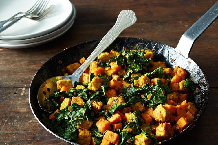 "<strong>Get the <a href=""http://food52.com/blog/9153-sweet-potato-tempeh-hash?preview=true"" target=""_blank"">Sweet Potato Temp"