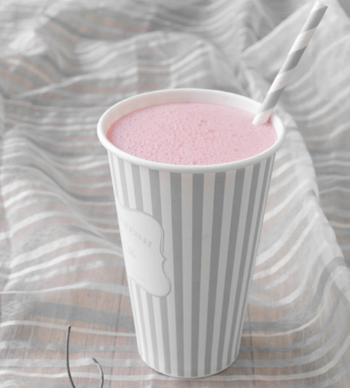 """<strong>Get the <a href=""""http://www.cookthestory.com/2013/07/26/coffee-smoothie-with-fresh-cherries/"""" target=""""_blank"""">Coffee"""