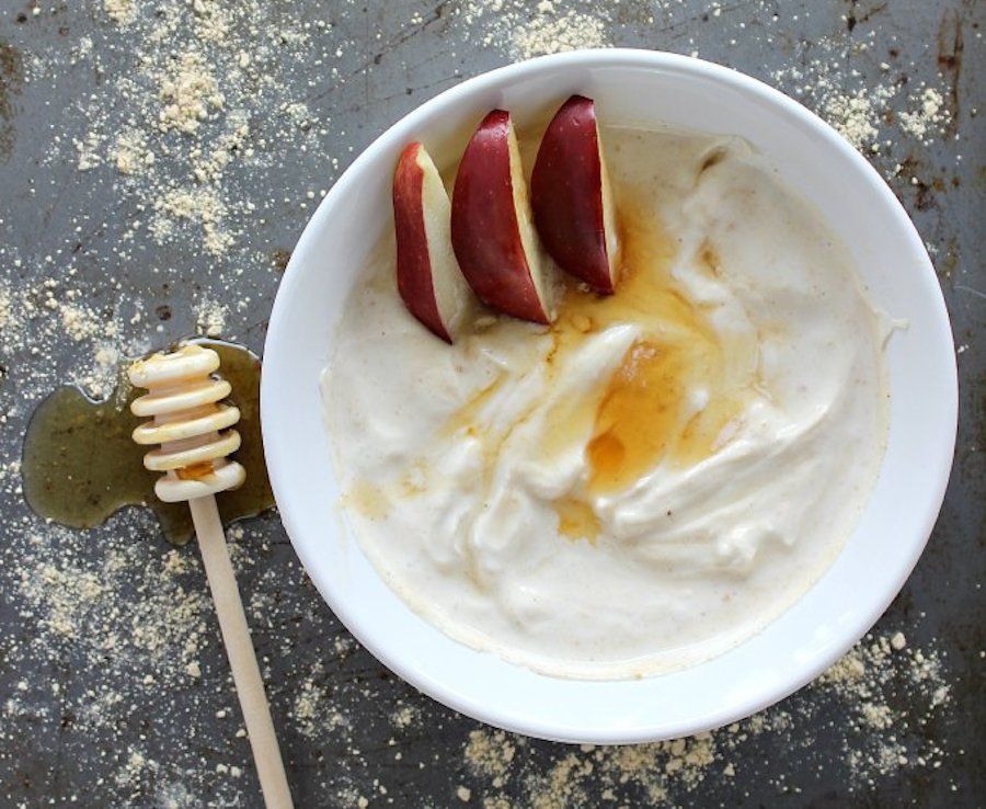 """<strong>Get the <a href=""""http://www.thecasualcraftlete.com/2014/08/12/healthy-quick-pb2-greek-yogurt/"""" target=""""_blank"""">Quick"""