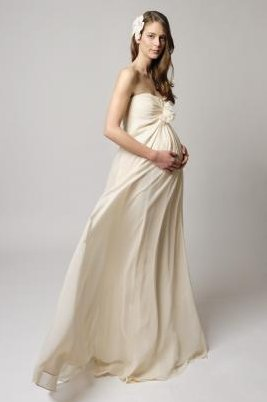"Get it at <a href=""http://shop.tinamakweddings.com/dress/elissa"" target=""_blank"">Tina Mak</a>."