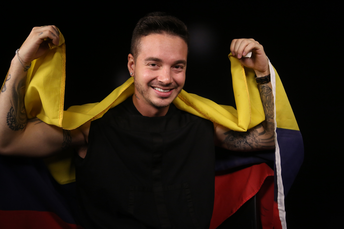 This Tuesday, May 6, 2014 photo shows Colombian reggaeton singer, J Balvin, (Jose Alvaro Osorio Balvín) posing for photos du