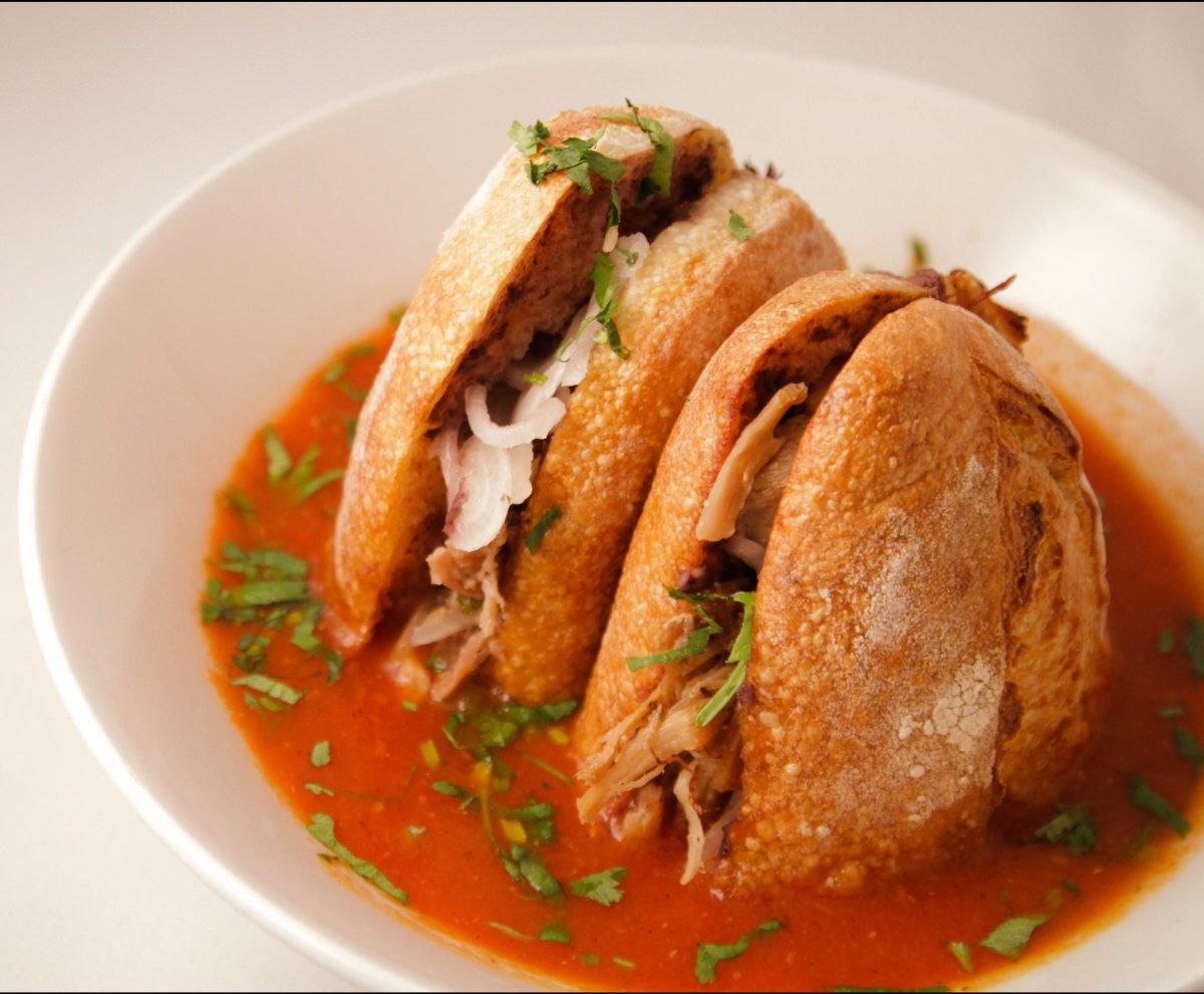 "<b>See More of <a href=""www.foodandwine.com/slideshows/best-sandwich-shops/7?xid=PS_huffpo"">Best Sandwich Shops</a></b><br><b"