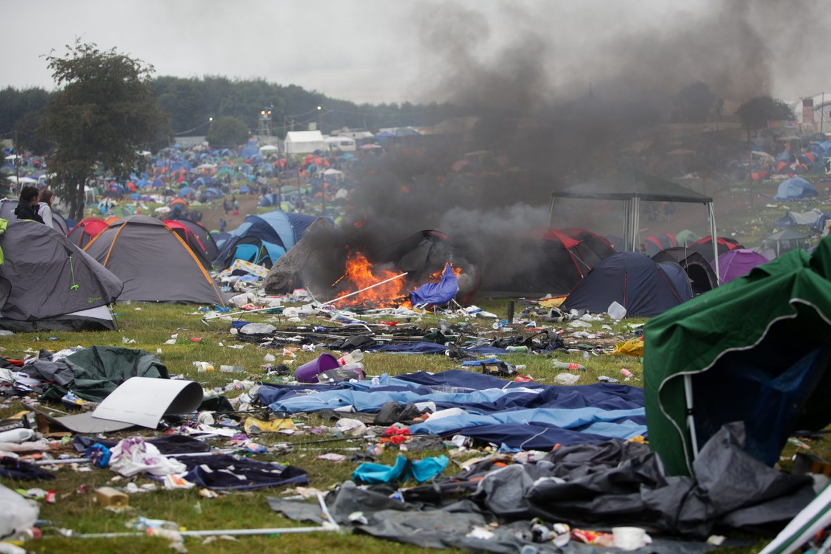 イギリス最大の野外フェスは、終...