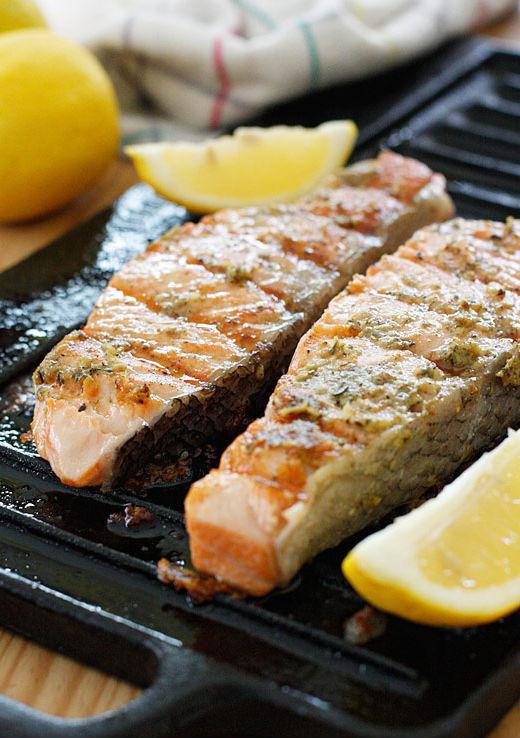 "<strong>Get the <a href=""http://www.skinnytaste.com/2012/03/grilled-garlic-dijon-herb-salmon.html"" target=""_blank"">Grilled Ga"
