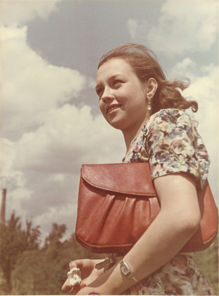 Early Color Photographs Give Glimpse Into The Russia Of ...