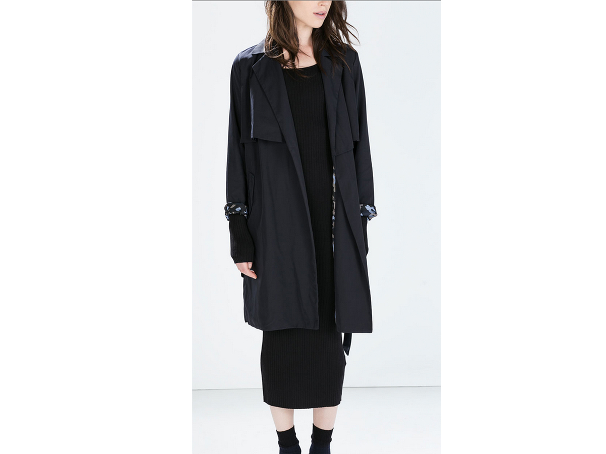 "<a href=""http://www.zara.com/us/en/woman/outerwear/flowy-trenchcoat-with-camouflage-lining-c269183p2171059.html"" target=""_bla"