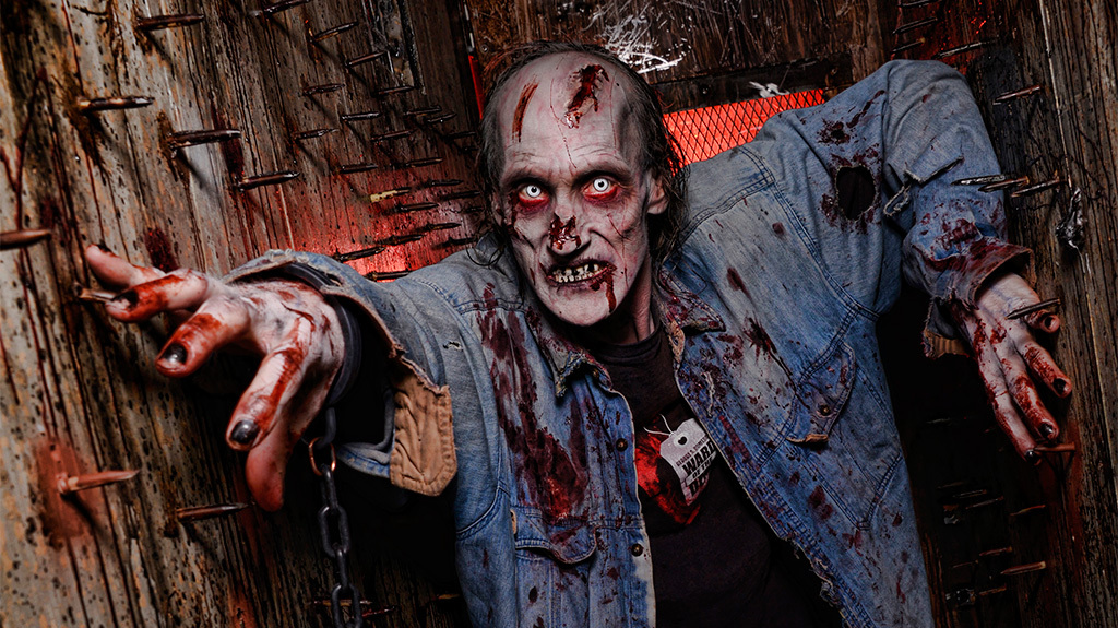 "Located at Circus Circus's Adventuredome theme park, the <a href=""http://www.frightdome.com/"" target=""_blank"">Fright Dome</a>"