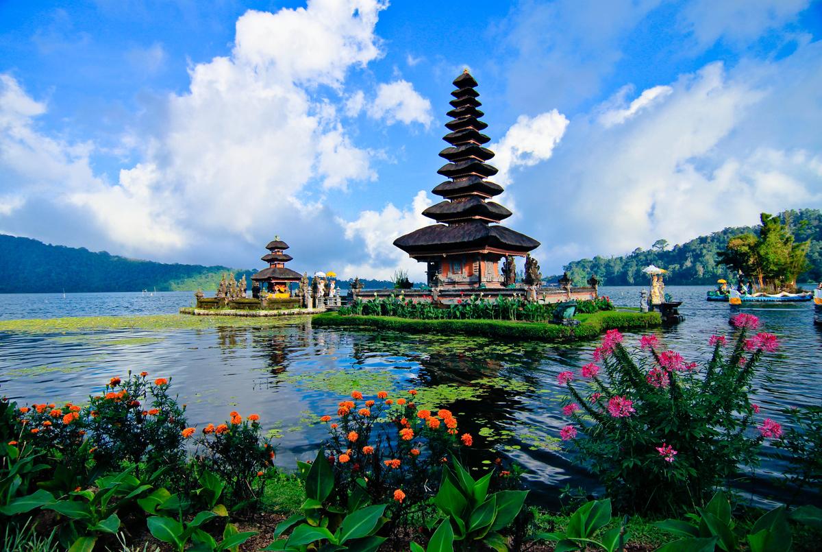 Bali ha sido durante mucho tiempo el lugar de ensueño de un viajero con presupuesto limitado. Pero también se ha convertido e
