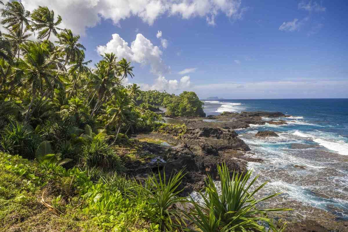 Lonely Planet lo dijo mejor:   Parece que hemos oído esto antes: 'Hermoso paraíso tropical poco desarrollado busca viajeros c
