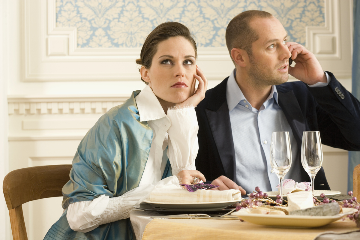<strong>Etiquette Tips:</strong>  It's always rude to pay more attention to a phone than a person in the flesh, and they shou