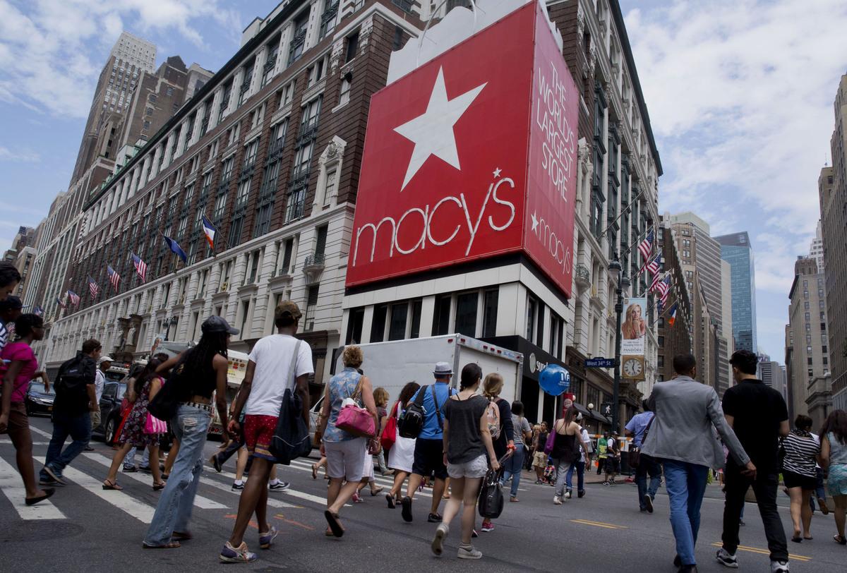 10. Macy's, Inc. (NYSE: M) > U.S. workforce: 172,500 > CEO compensation: $12.0 million > Revenue: $27.9 billion > Net income: