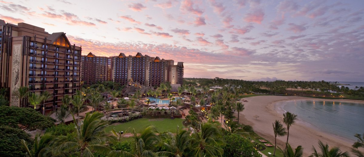 "<strong>See More of <a href=""http://www.travelandleisure.com/articles/americas-best-family-hotels/9?xid=PS_huffpo"">America's"