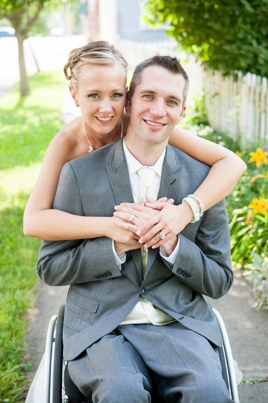 dating a paralyzed man