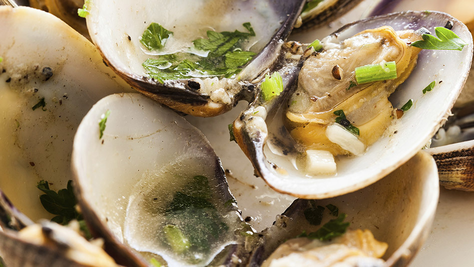 <strong>What it is: </strong>A raw-bar feast  <br><br><strong>How much iron you get: </strong>Per 3-ounce serving, oysters ha