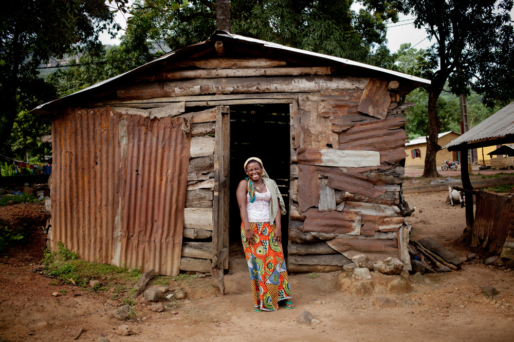 "<strong>Dgenebou Soumah, 20, Coyah Prefecture</strong><br> ""Her fiancé came to see her when she came home, but she doesn't kn"
