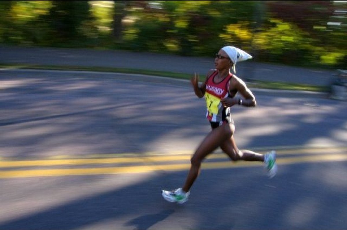 """Set during the most scenic time of fall, this race has been unofficially dubbed, """"The Most Beautiful Urban Marathon in Americ"""