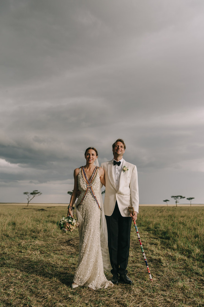 These Striking Wedding Photos From Kenya Are Guaranteed To Take - Maasai tribe wild animals attend wedding kenya