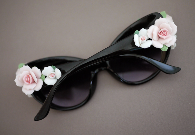 """For the gal who loves Dolce & Gabbana, these easy to make floral sunnies will do the trick. Click <a href=""""http://honestlywtf"""