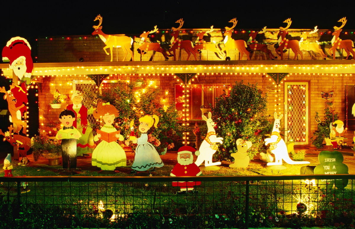 Christmas decorations - Cootamundra, New South Wales