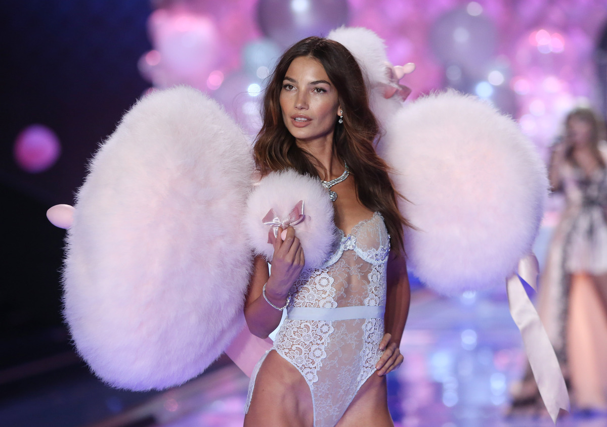 Model Lily Aldridge displays a creation at the Victoria's Secret fashion show in London, Tuesday, Dec. 2, 2014. (Photo by Joe