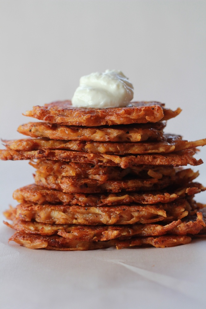 """<strong>Get the <a href=""""http://www.halfbakedharvest.com/chipotle-cheddar-potato-latkes/"""" target=""""_blank"""">Chipotle Cheddar Po"""
