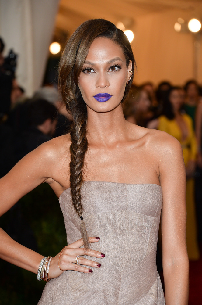 Leave it up to Smalls to show us how to take this vampy lip color trend from the runway to real life. Plus, her fishtail brai