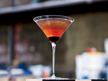 "<strong>Get the <a href=""http://www.huffingtonpost.com/2011/10/27/manhattan_n_1058538.html"">Manhattan</a> recipe from Food &"