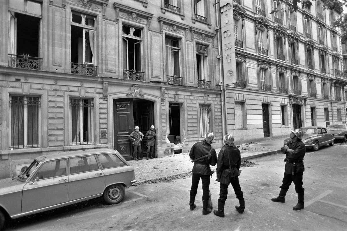 The offices of right-wing weekly Minute on Marceau Avenue in Paris were the target of bomb attacks, which resulted in importa