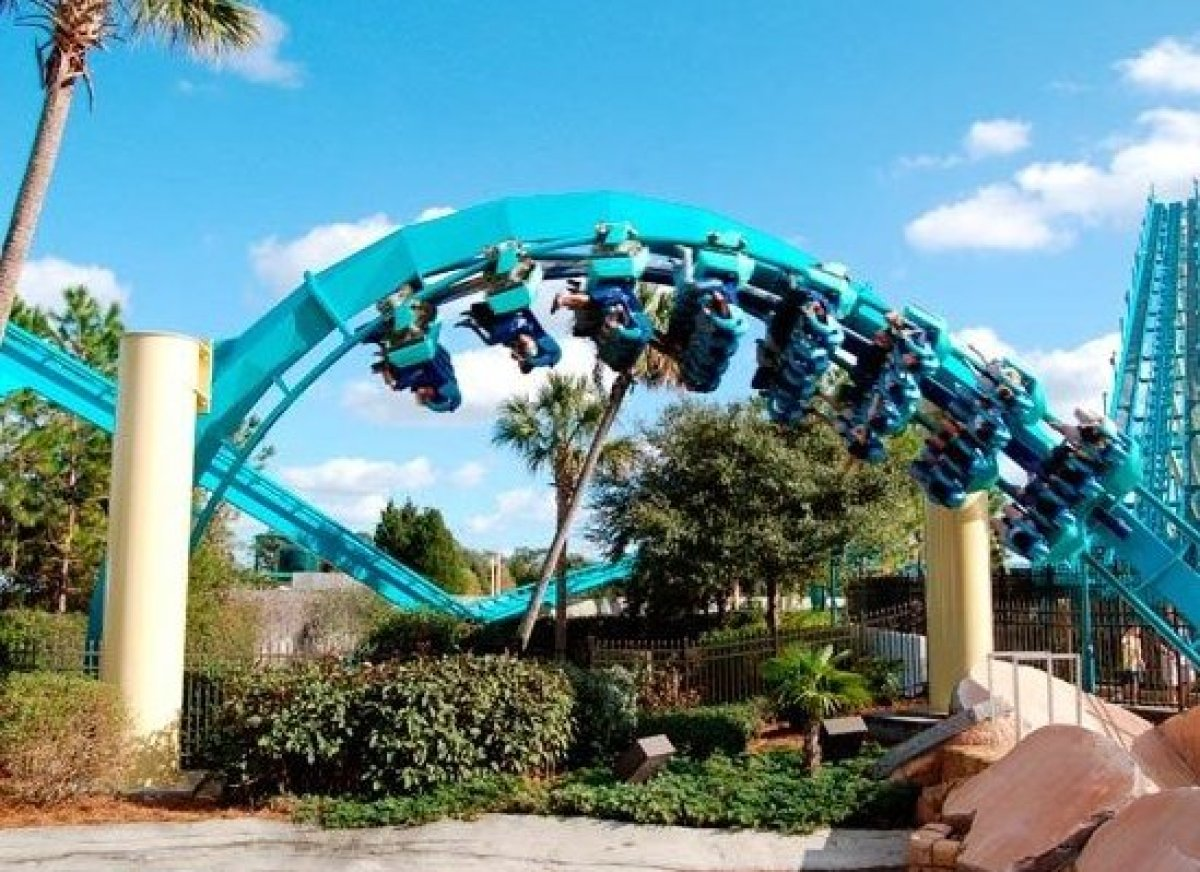 <em>Photo Credit: Chicco7 | Dreamstime.com</em>  The best deals for Orlando's theme parks are up for grabs before spring us