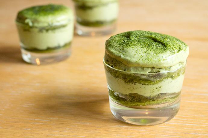 "<strong>Get the <a href=""http://www.ohhowcivilized.com/blog/2013/6/20/step-by-step-recipe-matchamisu-matcha-green-tea-tiramis"