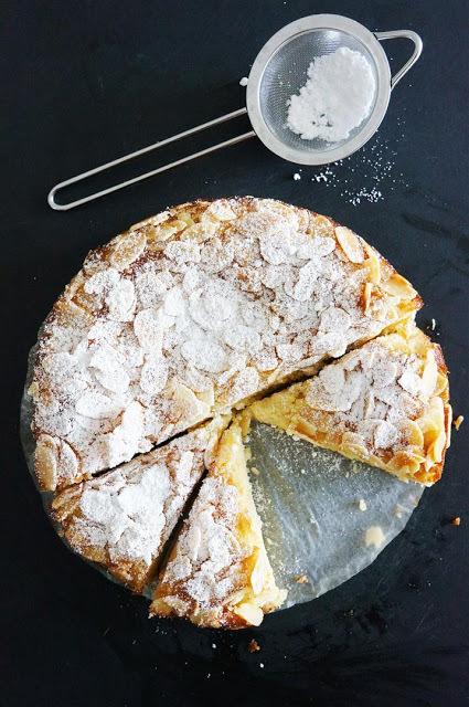 "<strong>Get the <a href=""http://cakeletsanddoilies.blogspot.com.au/2013/07/lemon-ricotta-and-almond-flourless-cake.html"" targ"