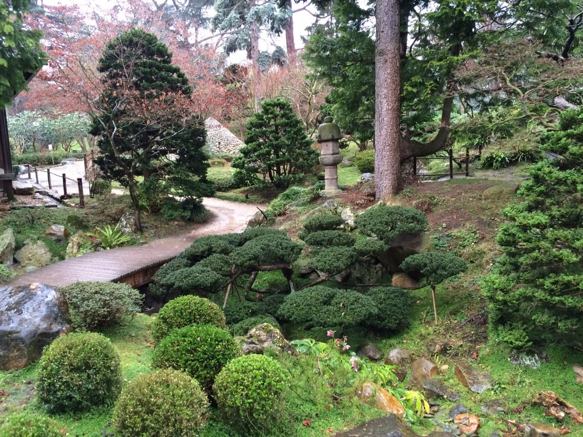 """This Japanese garden pays tribute to Albert Kahn, a 19th-century businessman with ties to Japan.  Photo thanks to <a href=""""ht"""