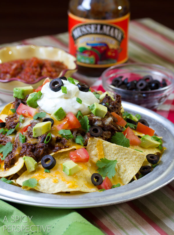 """<strong>Get the <a href=""""http://www.aspicyperspective.com/2013/01/beef-nachos-slow-cooker-chili-con-carne.html"""" target=""""_blan"""