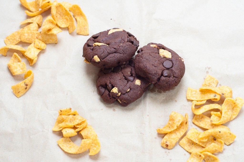 "<strong>Get the <a href=""http://petitepanini.com/double-chocolate-fritos-cookies/"" target=""_blank"">Double Chocolate Fritos Co"