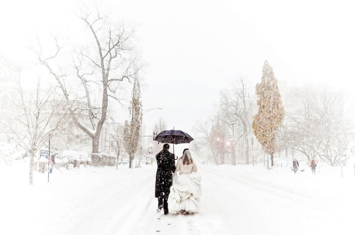 """Related: <a href=""""http://bridalguide.com/blogs/bridal-buzz/winter-wedding-advice"""" target=""""_hplink""""><strong>What to Consider B"""