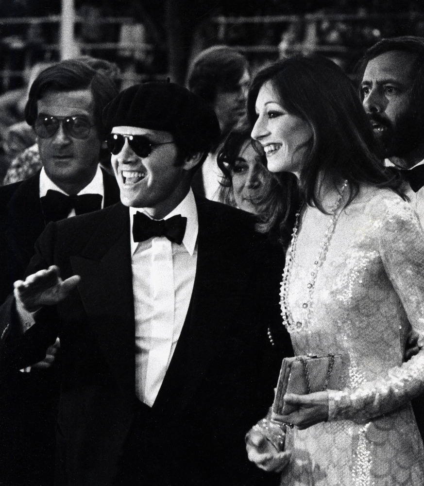 Anjelica Huston and Jack Nicholson at the 47th annual Academy Awards in 1975.