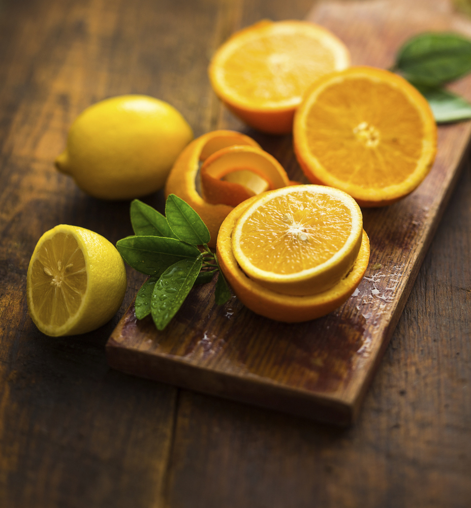 """Vitamin C is essential to keeping you looking younger. Dermatologist <a href=""""http://healthyliving.msn.com/nutrition/foods-th"""