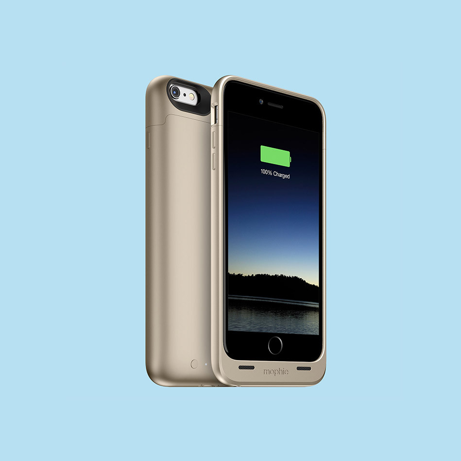 A dead cell phone is about as useful as carrying a paperweight everywhere you go. Mophie's Juice Pack Plus more than doubles
