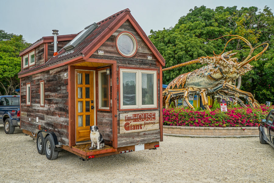 Couple Quits Day Jobs, Builds Quaint, Tiny Home On Wheels To Travel The  Country | HuffPost