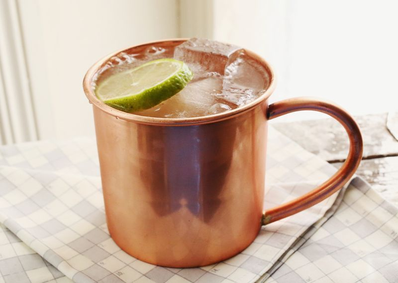 """<strong>Get the <a href=""""http://www.abeautifulmess.com/2013/10/a-moscow-mule-love-story.html"""" target=""""_blank"""">Classic Moscow"""
