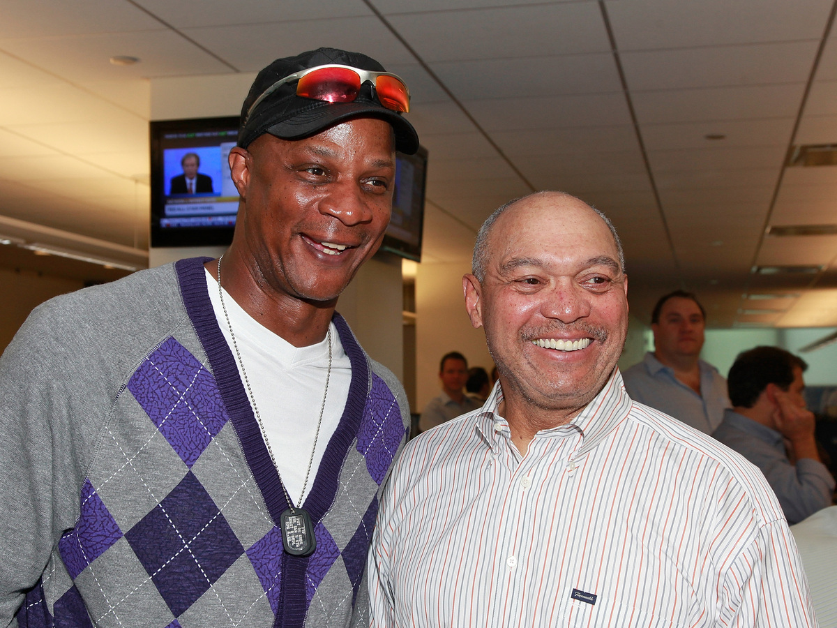 The baseball great, left, underwent surgery and chemotherapy for colon cancer in 1998, and announced in 2000 that the cancer