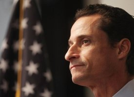 "Rep. Anthony Weiner (D-N.Y.) was forced to <a href=""http://www.huffingtonpost.com/2011/06/16/anthony-weiner-resigns_n_878229."