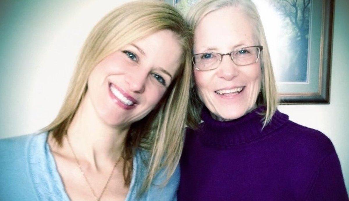 Jennifer Krychowecky and her mom Linda.