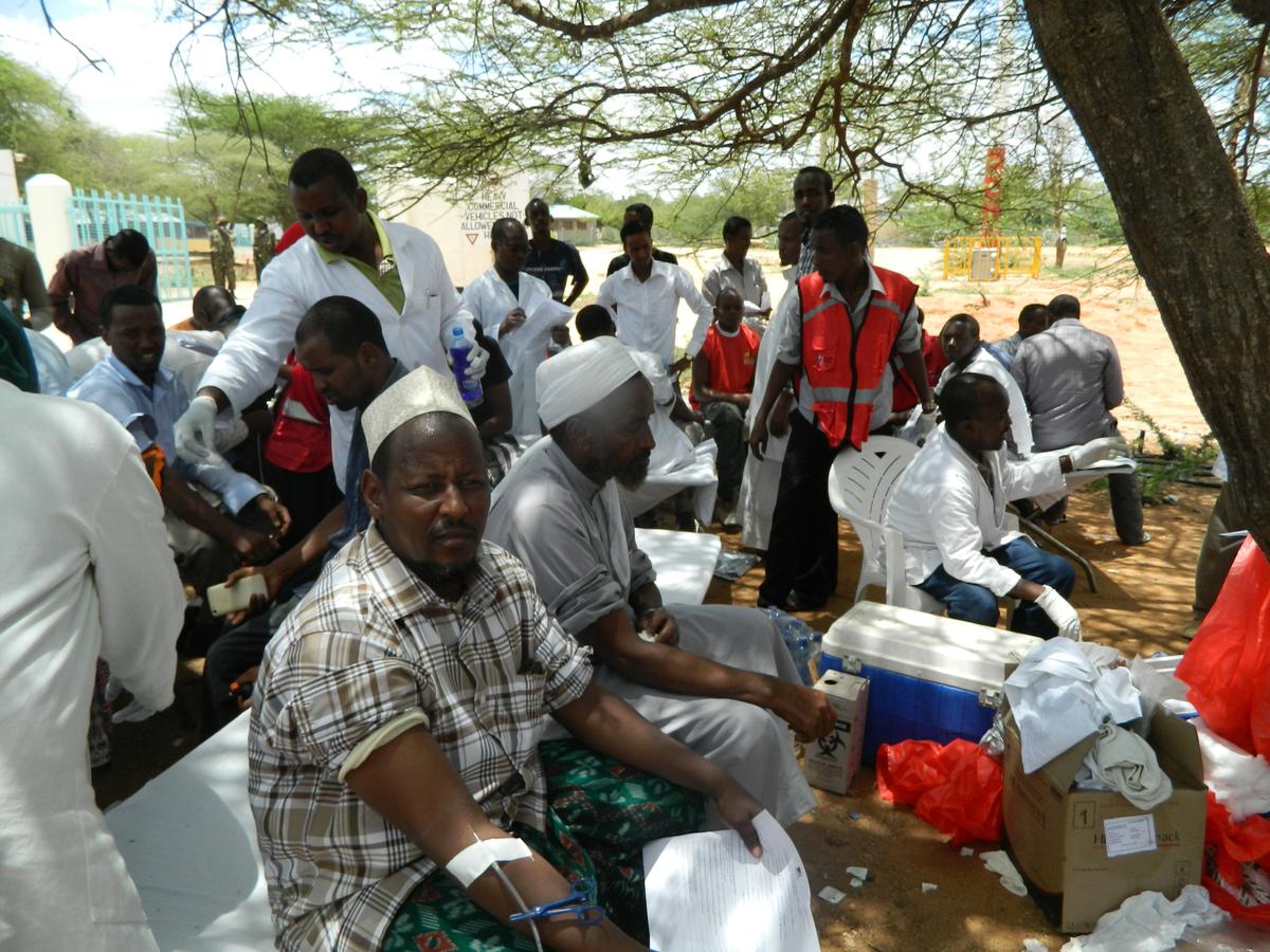 Local residents donate blood at Garissa hospital, Thursday, April 2, 2015.  (AP Photo)