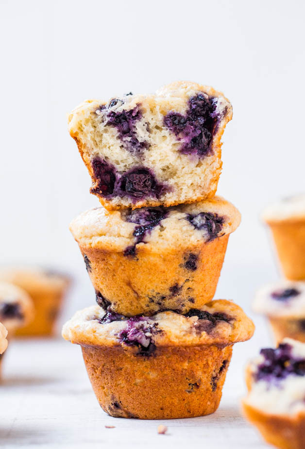 """<strong>Get the <a href=""""http://www.averiecooks.com/2014/03/extra-soft-and-moist-blueberry-muffins.html"""" target=""""_blank"""">Extr"""
