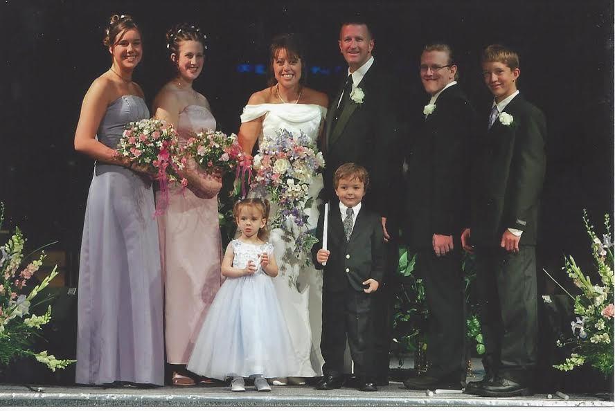 Jasa, Emily, Kristie, Dan, Eric and Hugh. The two littles are Dan's granddaughter, Kirstin (Emily's oldest daughter) and Davi