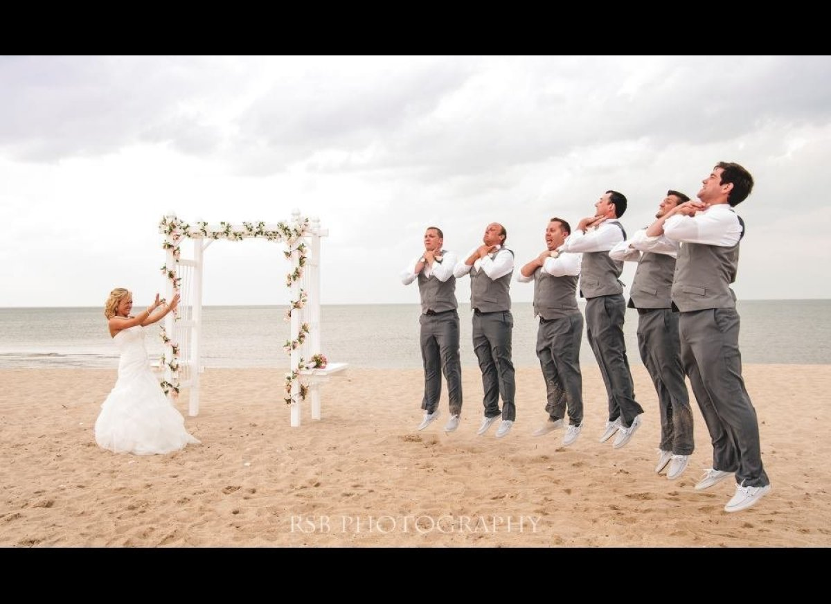 19 awesome wedding ideas for star wars super fans huffpost 19 awesome wedding ideas for star wars super fans junglespirit Images