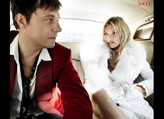 Jamie and Kate channel a modern-day Mick and Bianca Jagger, re-creating the couple's 1971 backseat wedding portrait by royal